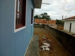 Casa com terreno de 300 M2 a 400 metros do colégio João Silveira
