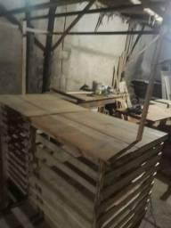 Banca de madeira de palete