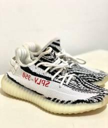 Tênis Yeezy Boost Adidas Premium