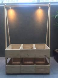Arara expositora desmontável + caixas organizadoras em madeira pinus