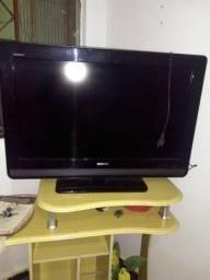 Uma tv de 32 polegadas