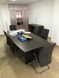 Mesa de reunião escritório c/ cadeiras e armário