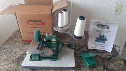 Máquina de costura overlock semi industrial chinesinha motor direct drive com base