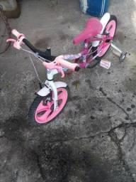 Bicicleta  aro 16 menina