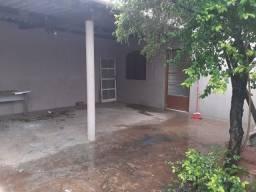 Casa confortável, 3 quartos, 2 garagens. Setor Padre Renato, Trindade-GO