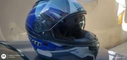 Capacetes moto