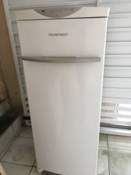 Freezer Brastemp semi novo