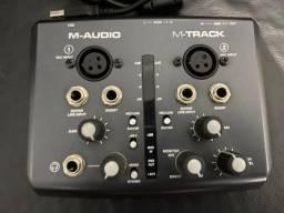 Interface De Audio M-audio M-track Plus