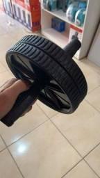 Roda de abdominais e exercícios