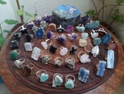 Anéis  em Pedras Naturais