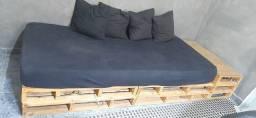 Título do anúncio: Sofá-cama de pallet +colchão