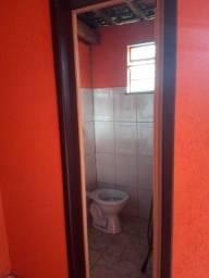 Título do anúncio: Vendo uma casa no bairro Matozinhos