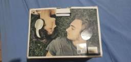 Vendo  fone de ouvido  na caixa!!!