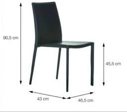 Cadeiras em couro preto OR Design