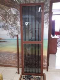 Porta de Ferro Marrom