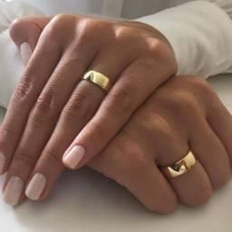 Aliança com banho de ouro