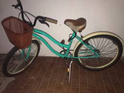 Vendo bicicleta SEMI NOVA pra vender rápido