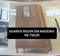Lindos Guarda roupa Novo em Madeira