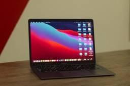 """MacBook Air 2019 13"""" com Touch ID"""