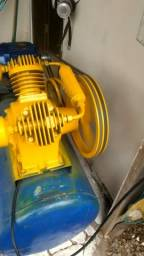 Título do anúncio: Compressor Schulz 200l  motor trifásico