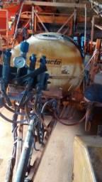 Pulverizador Jacto Columbia Cross 2000