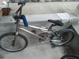 Bicicleta Aro 20 R$120,00