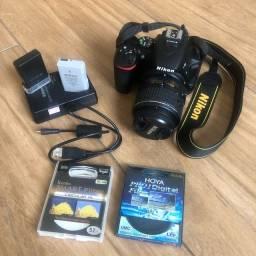 Título do anúncio: Câmara Nikon D5500