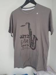 Camisetas masculinas novas