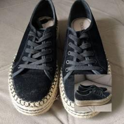 OPORTUNIDADE! Calçados super novos