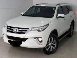Toyota hilux Sw4 2.8. 2017 180.000