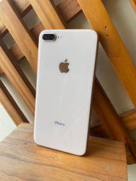 IPhone 8 Plus 64 GB ICloud Livre
