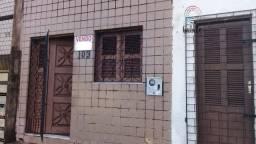 Casa Padrão para Venda em Joaquim Távora Fortaleza-CE