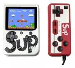 Mini Game box colorido com dois controles e 400 jogos