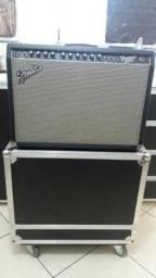 Amplificador Fender Frontman 212 com case
