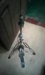 Vendo máquina de chimbal sonor e pedal mapex simples