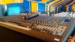 Vendo equipamento de som para banda e sonorização