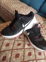 Vendo tênis Nike original 80 reais