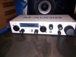 Interface M-audio Zerada Confira