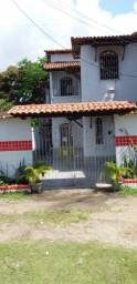 Aluga-se uma casa com piscina na ilha de Aratuba