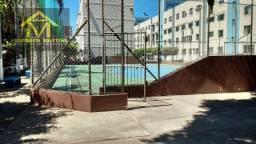 Apartamento andar térreo, na Praia da Costa, com 2 Quartos Cód: 7574AM