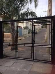 Casa à venda com 2 dormitórios em Guarujá, Porto alegre cod:LU266021
