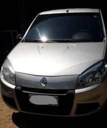 Renault Sandero AUTENTICH 1.0 4P