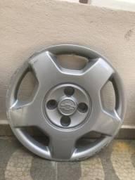 Vendo jogo de calotas originais corsa hatch/sedan aro 14