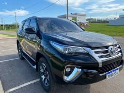 HILUX SW4 2018 7 lugares