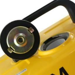 Gerador de Energia Portátil à Gasolina 2T 1,1 Kva Partida Manual - CSM-GM-900<br><br>