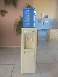 Bebedouro de água IBBL
