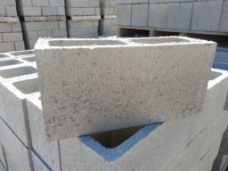 Bloco em Concreto 14x19x39