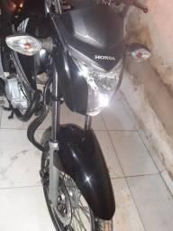 Titan 150 2015 nova e ela