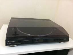Toca discos Pioneer PL 990 seminovo
