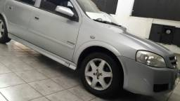 Astra hatch 2.0 Flex revisado